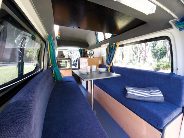 Koru 2berth ST XL Interior Day View 1