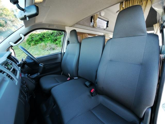 Interior View Hitop5
