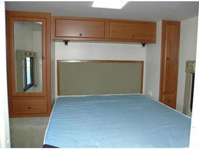 LCLC28-30 Interior View 6